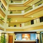 hotel-lobby-4199